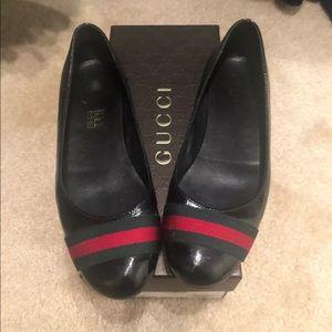Gucci stripe flats size 38/8